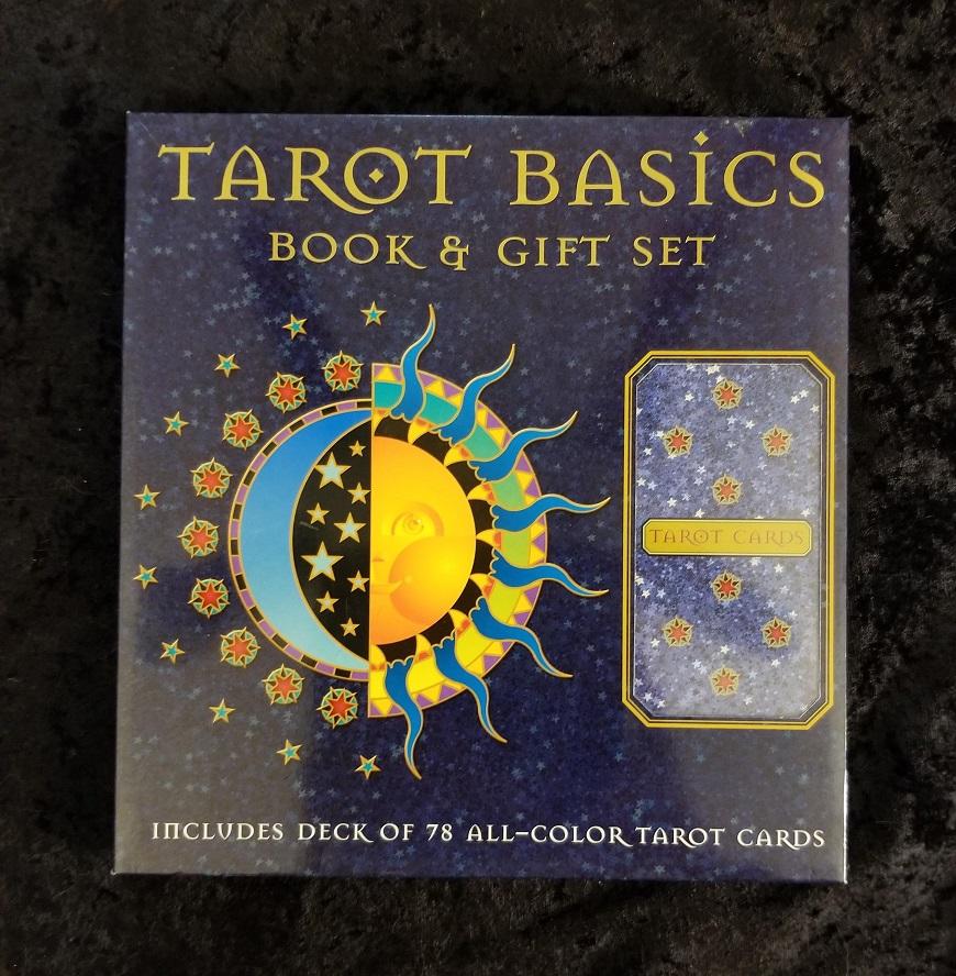 TarotBasics_SetPhoto1.jpg