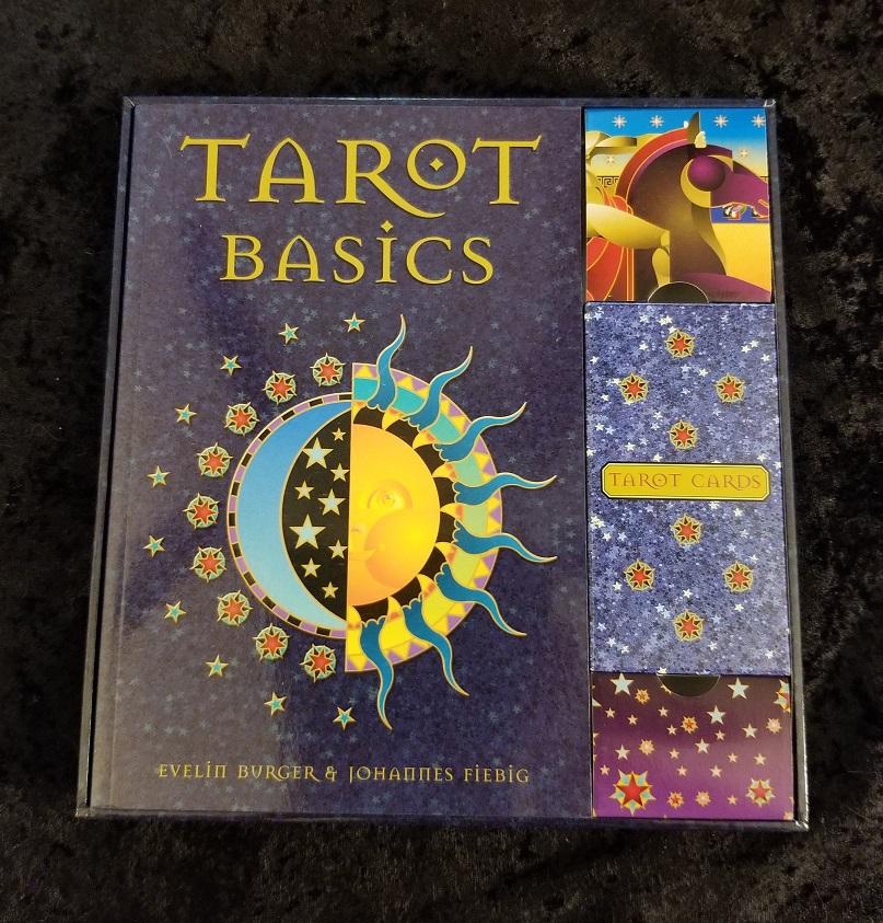TarotBasics_SetPhoto3.jpg